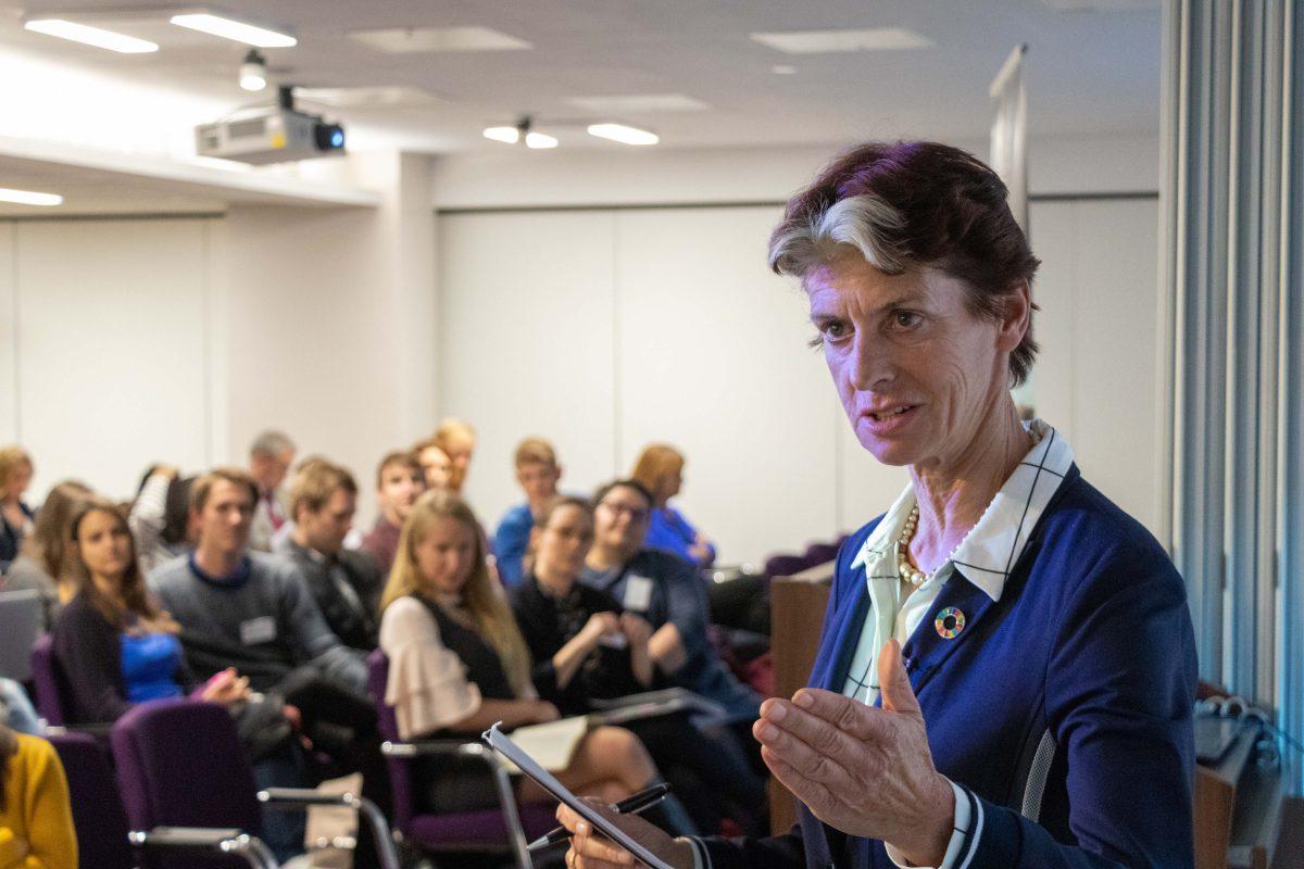 Gerda Verburg at last year's Annual Symposium